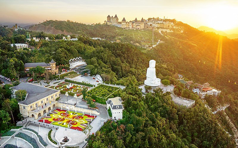 Mercure Banahills French Village